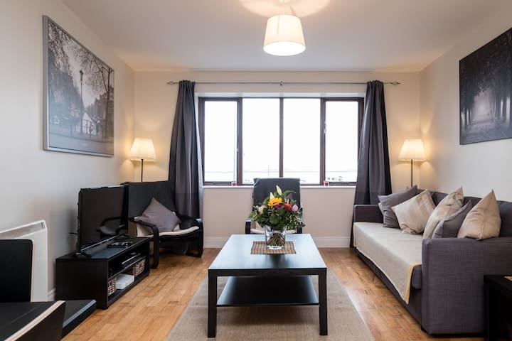 Salthill Village Apartment: C Heron Suite