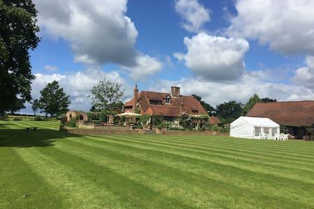 Lingfield Lodge Farm. 500 years old - Marsh Green