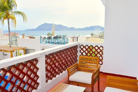 Bungalow in Manzanillo for 4-6 people (#3)