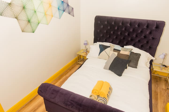 Best Price Large Group Boutique Apartments