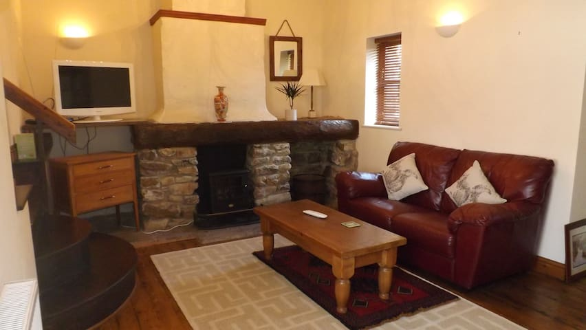 Little Farm Cottage Family Apartment - Honiton - Flat