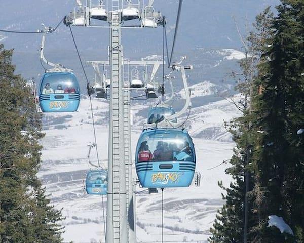 Entire apartment, views over the Pirin Mountains