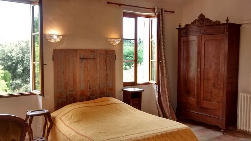 Bed and Breakfast - Mas in Provence - L'Isle-sur-la-Sorgue - Bed & Breakfast