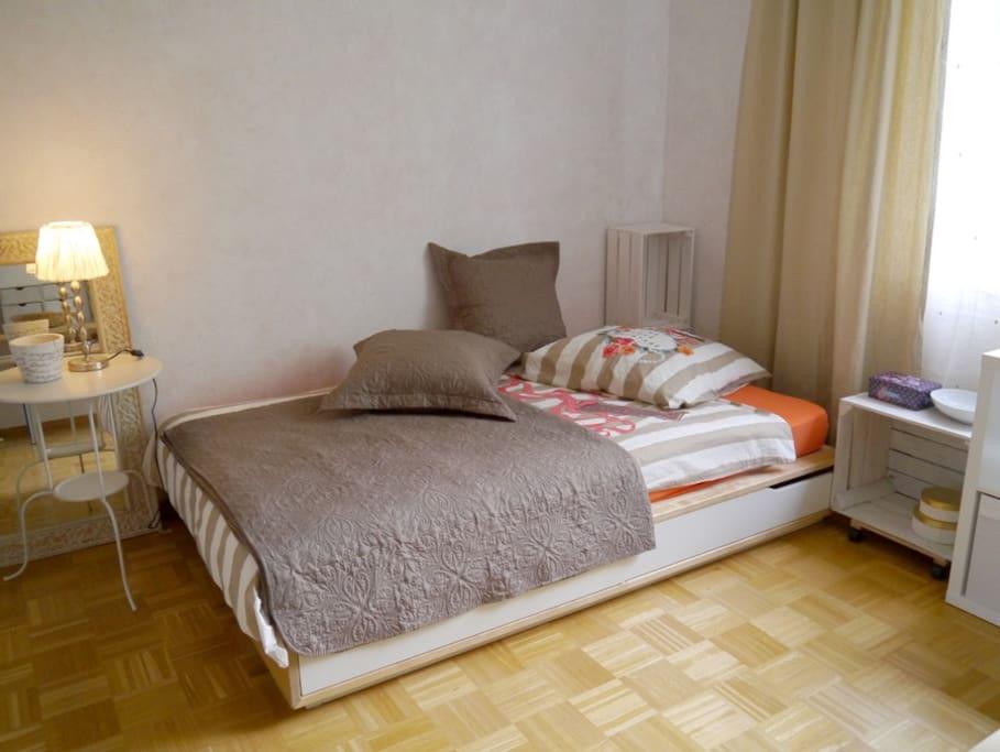 120x200 cm Bett