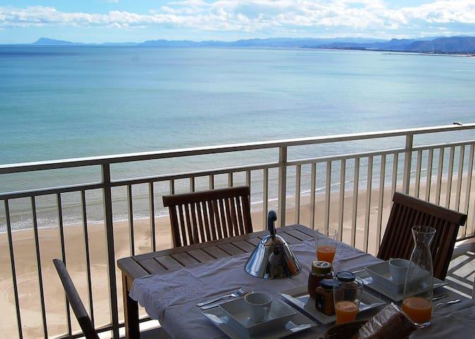 Apartamento 1ª línea Playa Racó Cullera