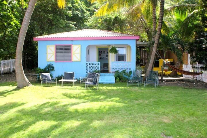 *DISCOUNTED* Caribbean Surf Cottage next to ocean - Tortola - Casa