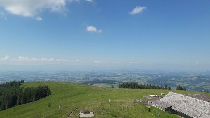 Alp Grosser Schwyberg,  ROOM ON THE MOUNTAIN