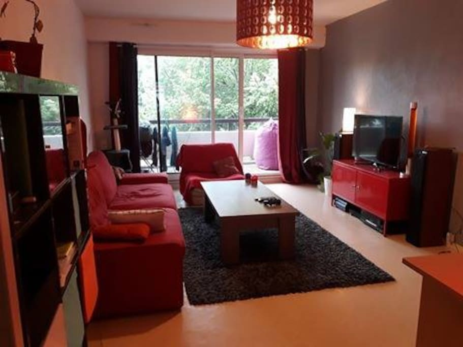 t2 le de nantes proche centre et tramway appartements louer nantes pays de la loire france. Black Bedroom Furniture Sets. Home Design Ideas