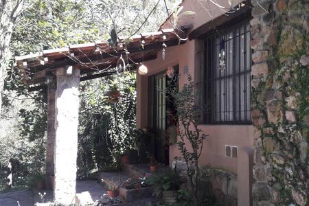 El hornero Casa de campo - Villa Jardín de Reyes - Talo
