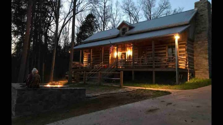 Yellowcreek Retreat Vintage Log Cabin on 163 Acre