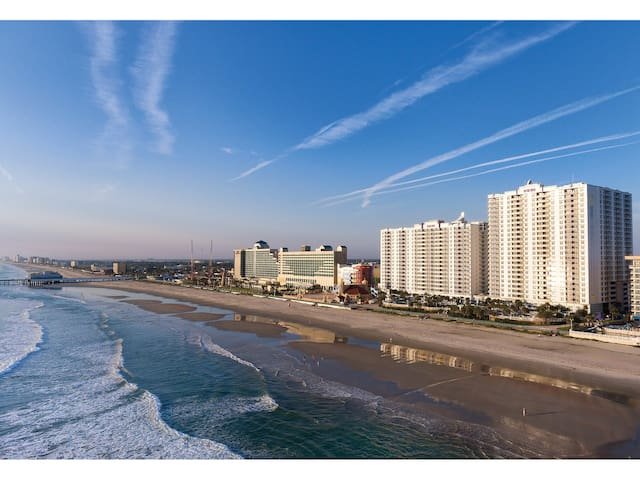 Wyndham Ocean Walk Resort in Daytona Beach, FL