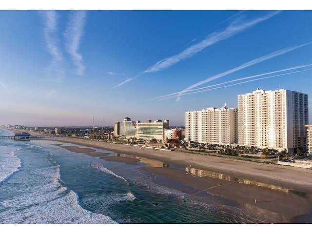 Wyndham Ocean Walk Resort