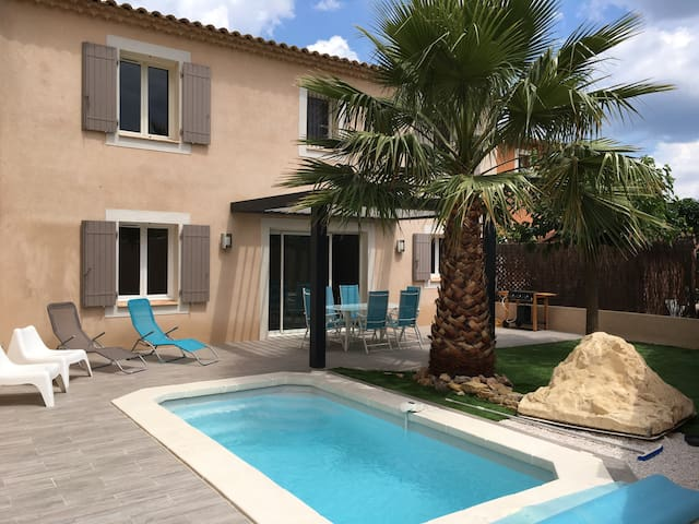 Maison avec piscine privé et Jardin - Brignoles - บ้าน