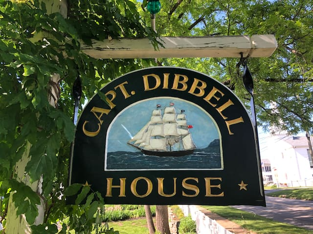 Captain Dibble House Historic 1860's Victorian FH