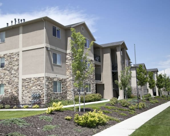 Cozy 3bed/2bath Condo all to yourself! - Midvale