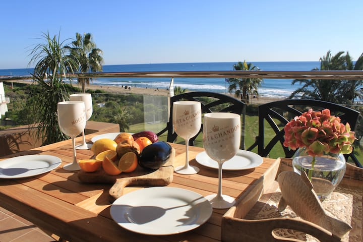 LUXURY APARTMENT - GAVA BEACHFRONT BARCELONA
