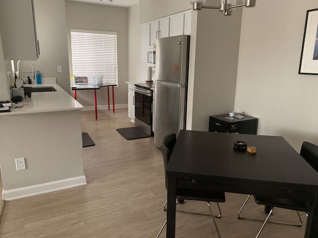 Great one bedroom in south Phoenix near mountain