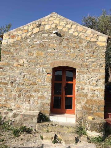 The cottage at Contrada Carmine, Reitano