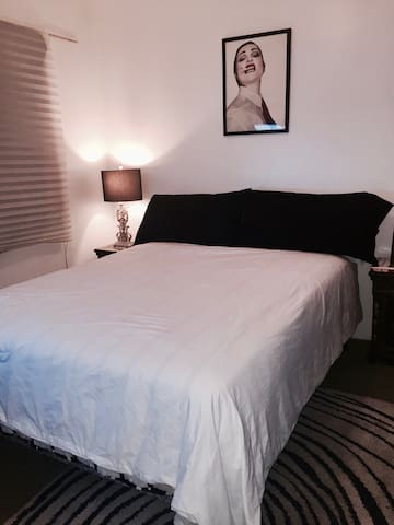 Private Room in Silverlake/EchoPark - Los Angeles - Apartment