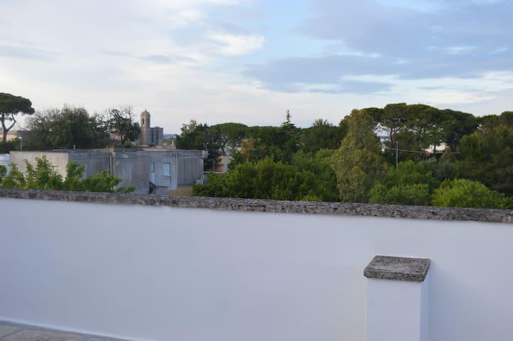 appartamento con vista sul borgo - Spongano - Casa