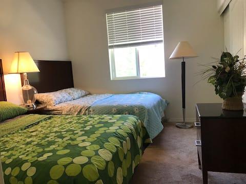 东谷小院(101) 独立房间,两张床,独立卫生间