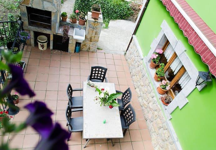 APARTAMENTO RURAL CON AMPLIA TERRAZA Y BARBACOA - Sobrefoz - Lägenhet