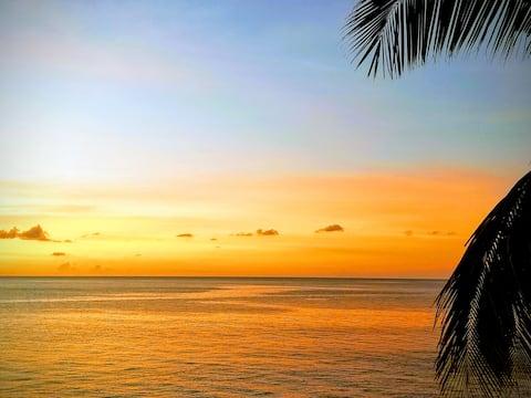 Seafront Villa - Breathtaking Ocean View