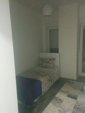 Cngeez's palace - Prizren - อพาร์ทเมนท์