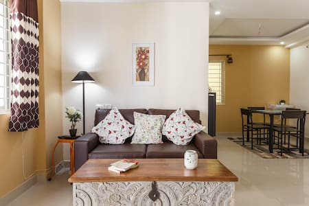 ❀ Home Away From Home ❀ Entire 2 BHK Flat ❀