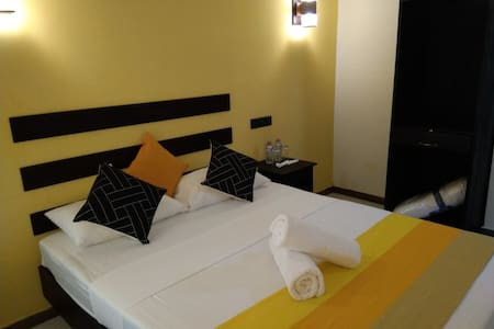Amron Resort sigiriya classic Double room