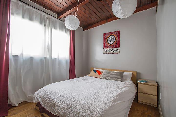 Cozy West LA Room Near Venice