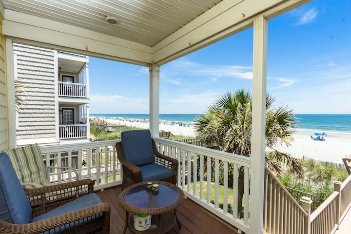 """""""Bella Alba"""" Perfect Surfside Beach Oceanfront Location. Parking for 4 Cars"""