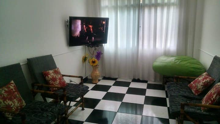 Apartment Guarujá 150 meters from the beach Ensead