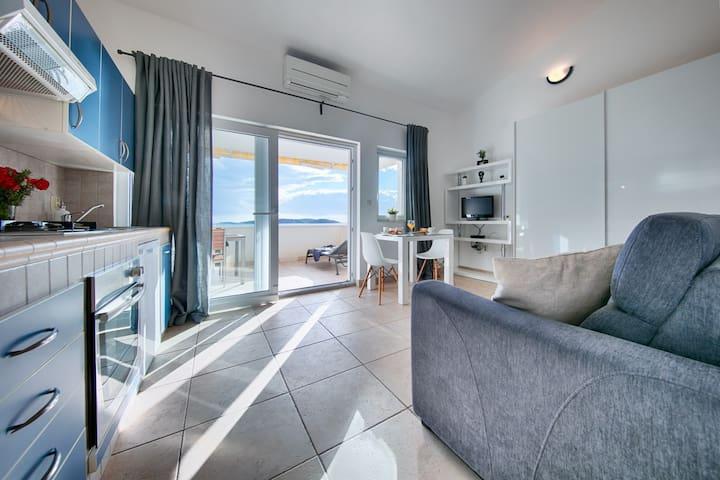Maja 1BDR Suite A