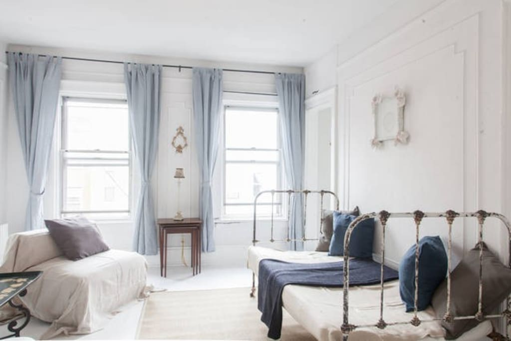 Sunny 1 br heart of williamsburg apartments for rent in - 1 bedroom apartments williamsburg brooklyn ...