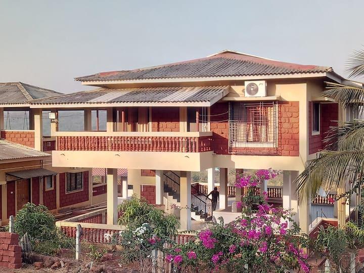 Parshuram Suite: One B/Room & hall, breezy Gallery