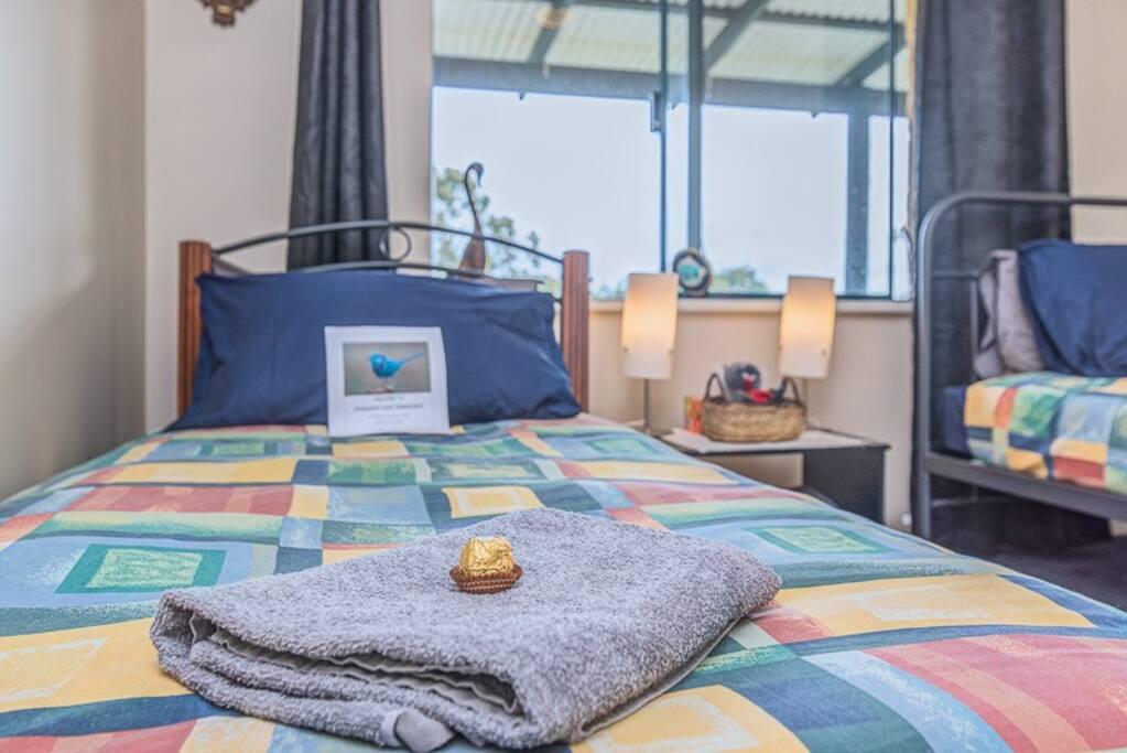 Blue Wren Twin Room