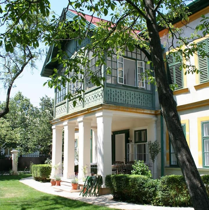 Csokonai Luxury Villa at Balaton