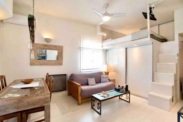 CENTRAL LUXURY MINI LOFT - newly renovated