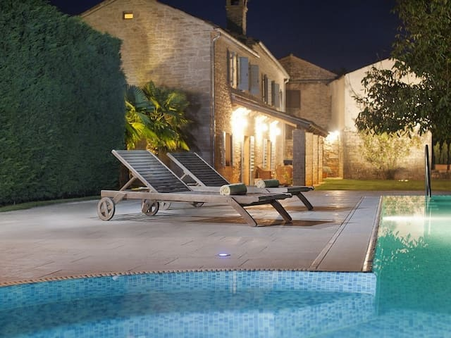Villa Castela, Croatia Luxury Rent