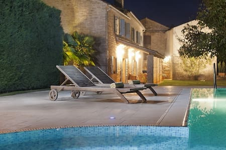Villa Castela, Croatia Luxury Rent