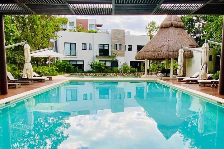Luxury Villa All amenities Strategically Located