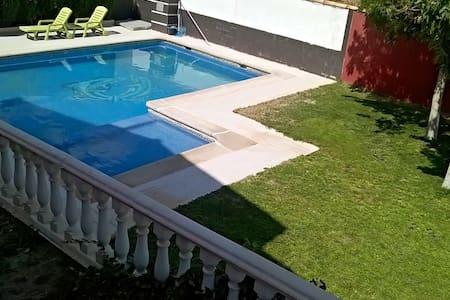 Villa privada cerca de Madrid. - Villacañas