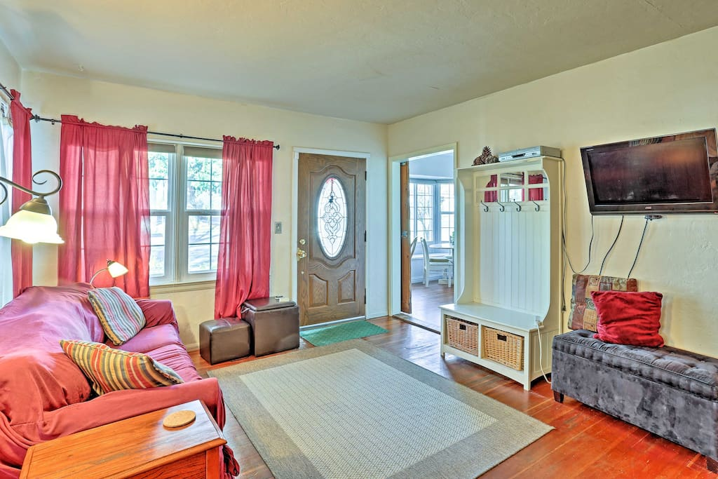 The interior is cozy and well-appointed with all the comforts of home.