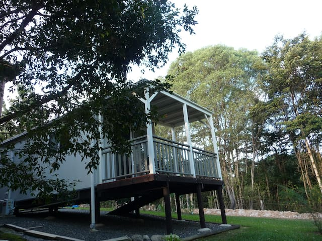 Kookaburras Rest Pet Friendly  Hinterland Cabin - Black Mountain