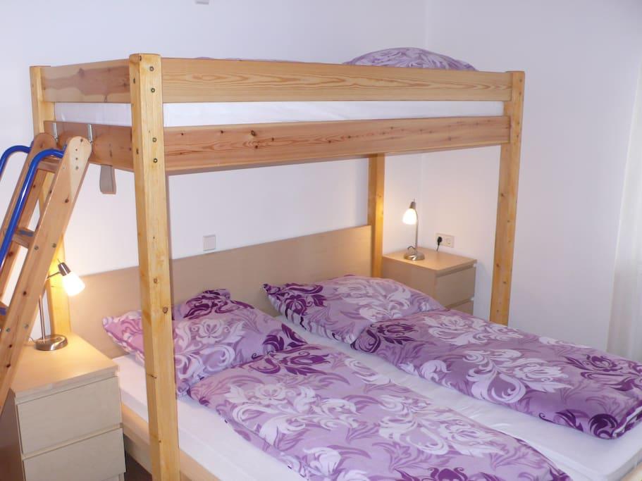 fewo sonnenschein 1 schlafzimmer whirlpool k che wohnungen zur miete in rheinhausen baden. Black Bedroom Furniture Sets. Home Design Ideas
