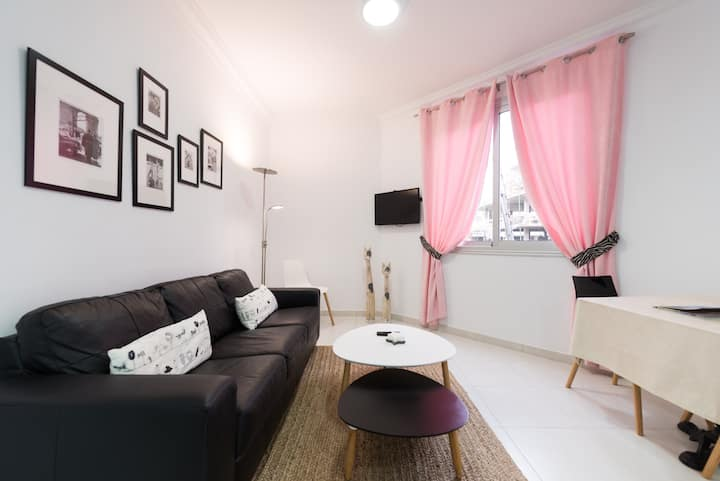 CHIC & DE_LUXE Apartament 3 minutes from Beach