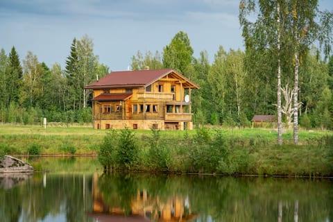 Taurupe Eco Lakehouse