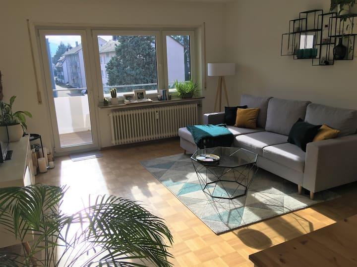 FREIBURG sunny large room for WOMEN
