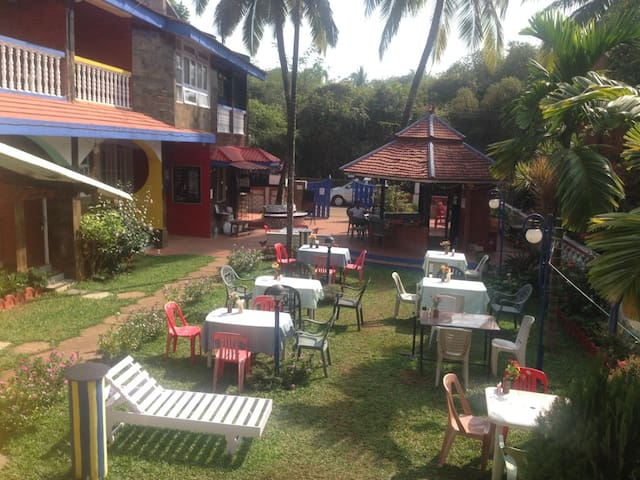 Enjoyable Stay @ Candolim Beach - Candolim - Bed & Breakfast
